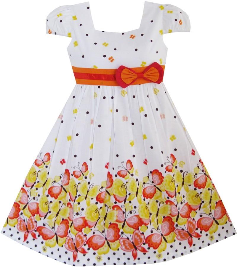 1e8eb2ef599a Mini Aaiza  Sød kjole swingstyle med blomsterflor og sommerfugle